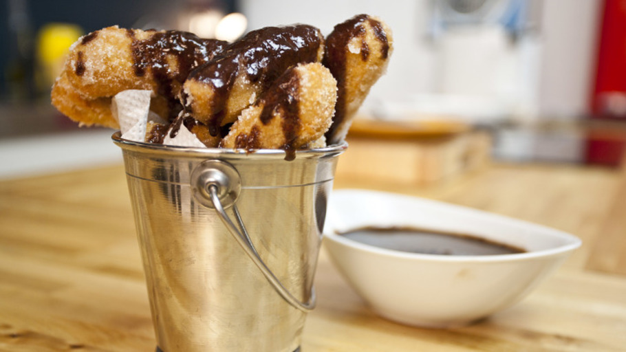 CHURROS WITH CHOCOLATE COFFEE SAUCE