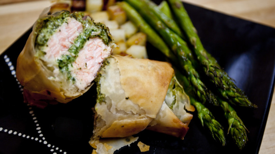 GREEK SALMON PARCELS