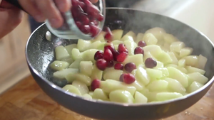 Cook pears & cranberries