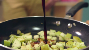 Cook the apple and kale