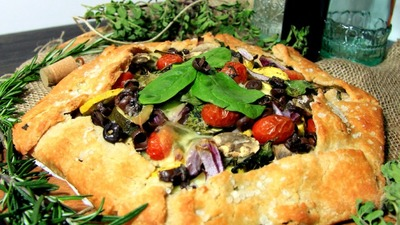 ... feedingmyaddiction.com/2015/03/savoury-mediterranean-galette-with.html