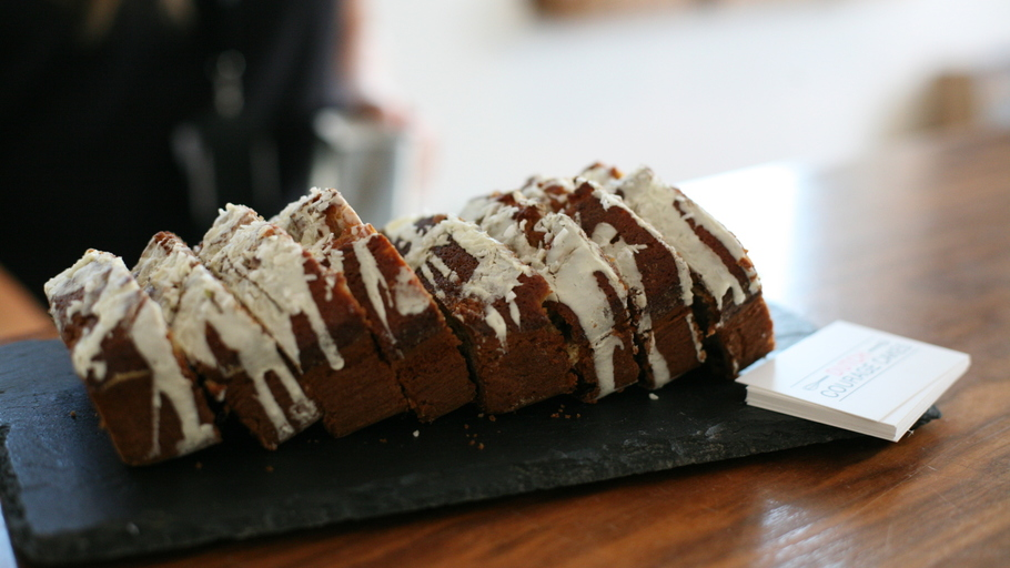 RUM, COCONUT AND BANANA DRIZZLE CAKE
