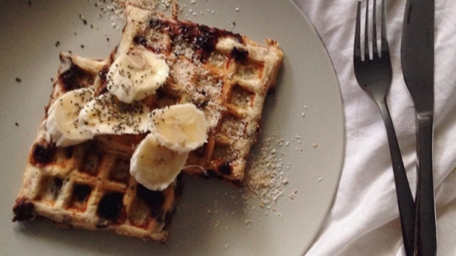 CHOC CHIP BANANA BREAD WAFFLES
