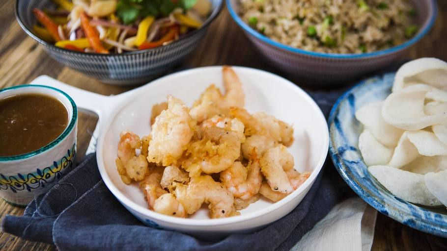 SWEET AND SOUR PRAWNS WITH EGG-FRIED RICE