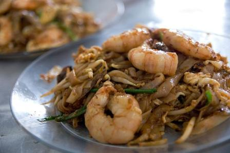 Stirfried Rice Noodles With Seafood