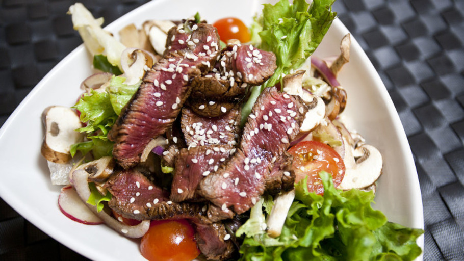 MISO STEAK SALAD