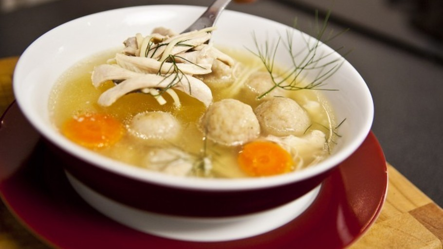 Chicken noodle soup and matzo balls forumfinder Image collections